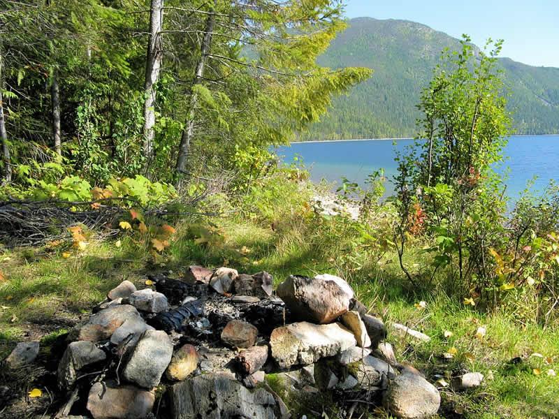 2 destinations parfaites pour du camping en pleine nature